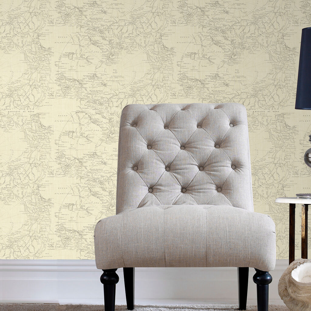 Cream wallpaper living room for Brown and cream living room wallpaper