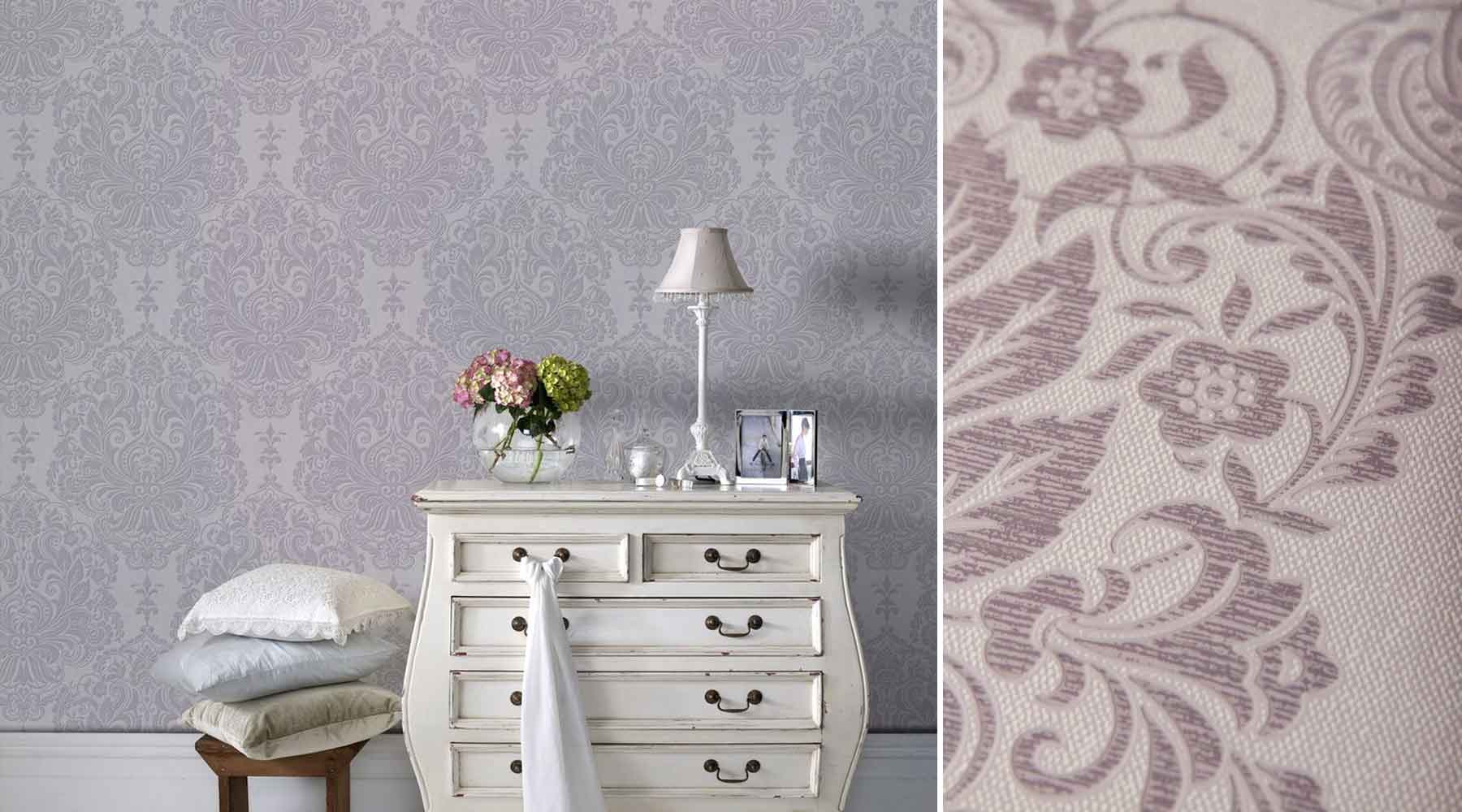 How to Decorate with Trendy Wallpaper in Ultra Violet