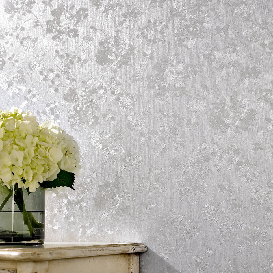 Love Lace White Metallic Effect Wallpaper : Metallic wallpapers for rooms that ooze glamour