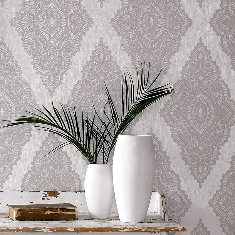 How to Style Glitter Wallpaper