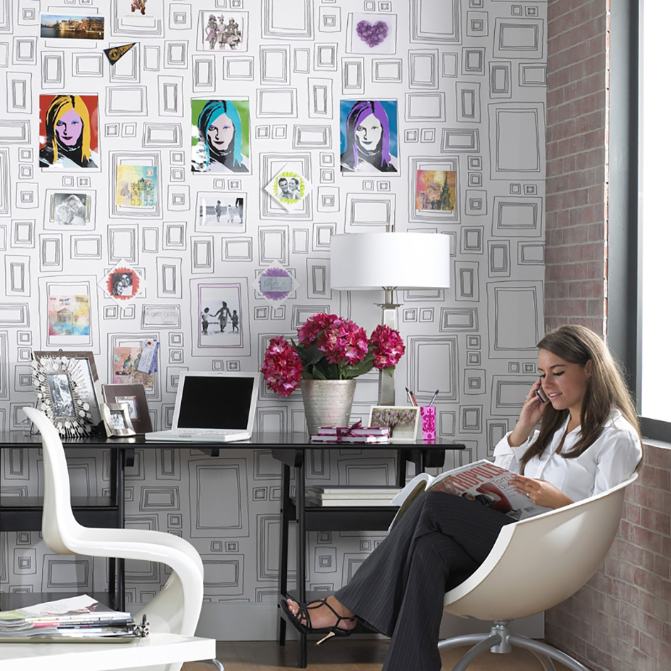 How to use unusual wallpaper in your home