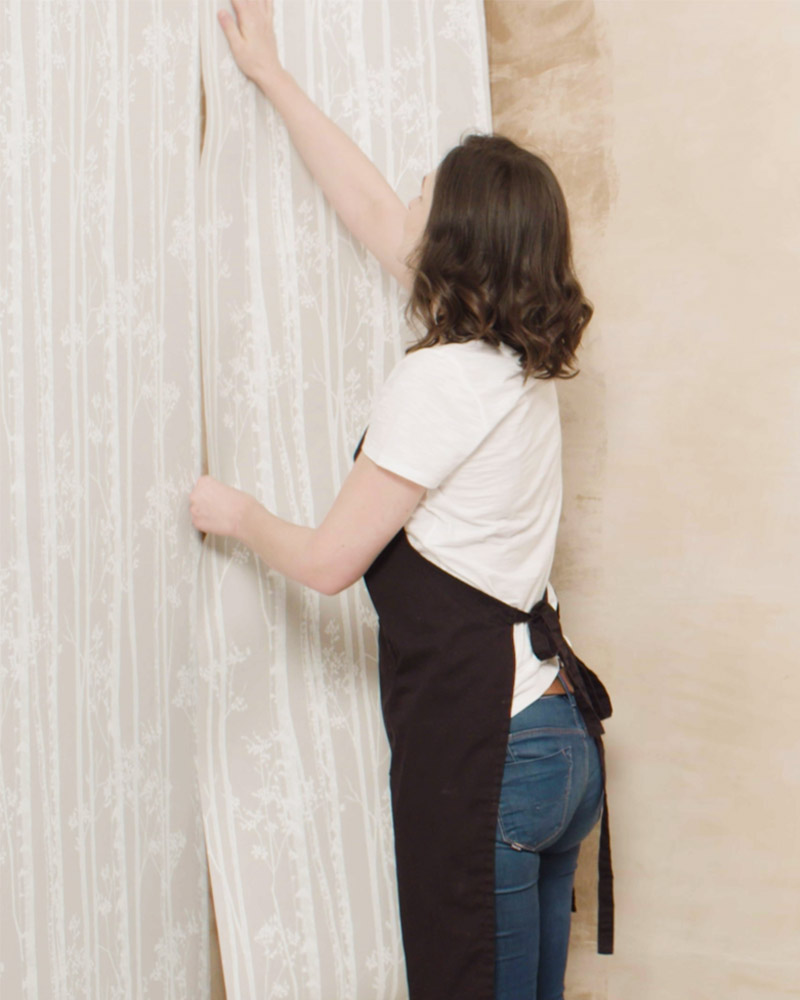 Step2 - Match the left edge of wallpaper
