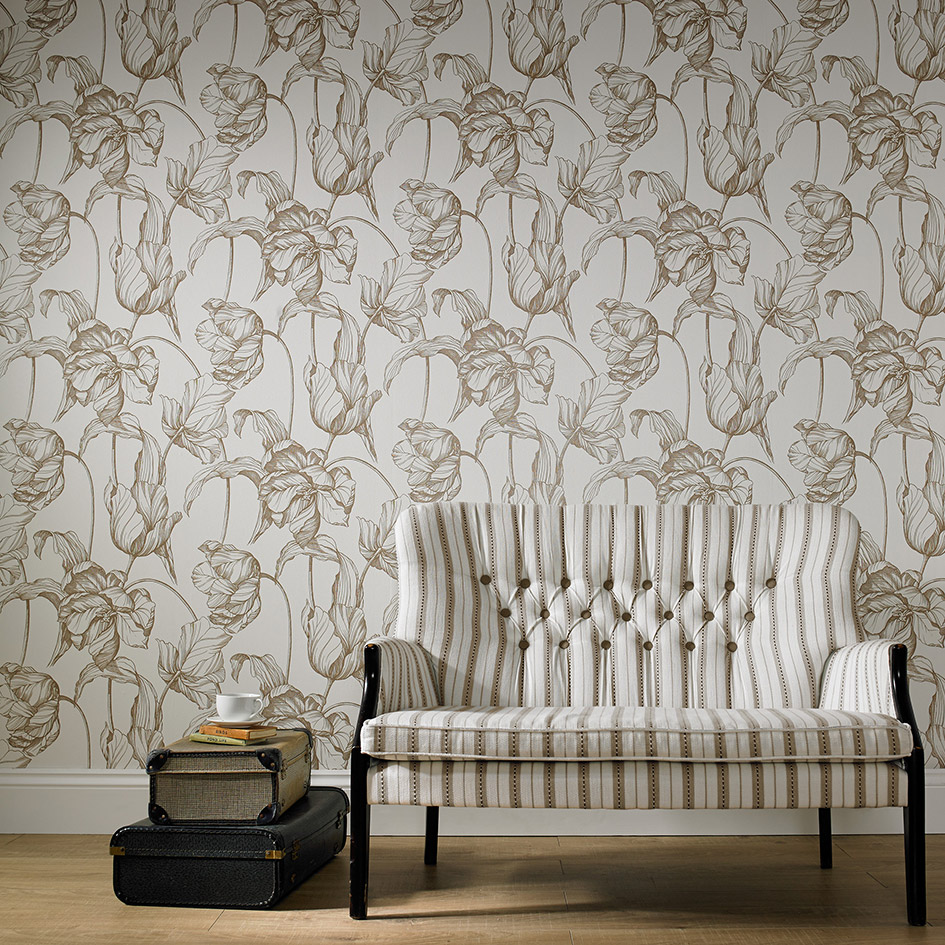 metallic wallpapers for rooms that ooze glamour